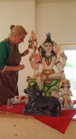 Hindu statute